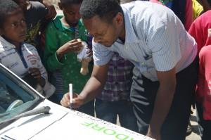 IMGP6764_Direktor_Unterschrift_SOS_Addis