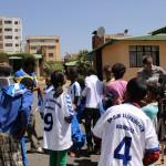 IMG_2944.TShirts_Verteilung_SOS_Addis