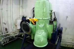 Maschinenraum-Zylinderkopf1242