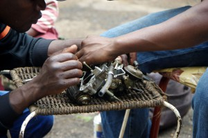 Harare-Vergaser-Einzelteile-1687