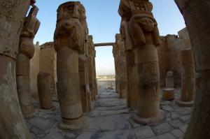 Luxor-Hatschepsut-Tempel-2543