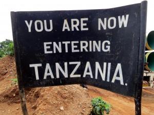 now-entering-tansania_2337