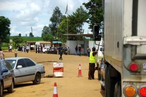 Grenzstation-Malawi-Mosambik-P1287